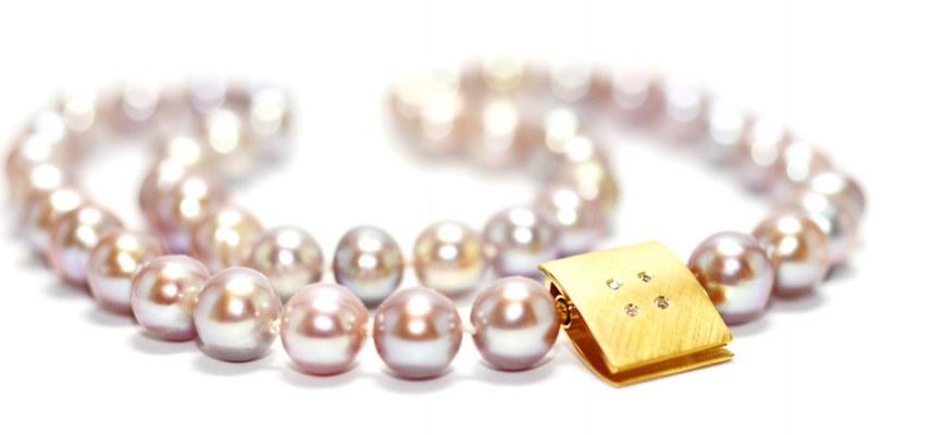 ECHELMEYER - COLLIER © Perlkette mit Wechselschließe in 750/- Gelbgold und Brillanten